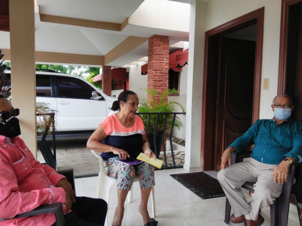 Visita a la Pastora Fidelina Ovalles